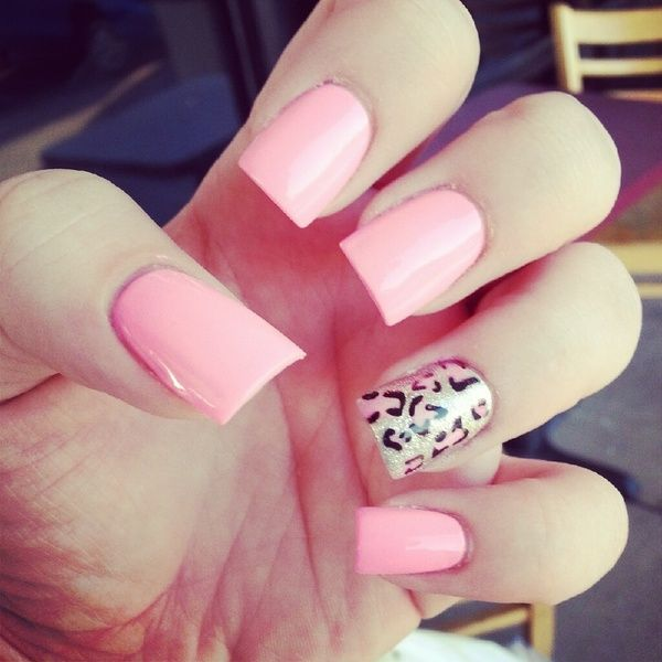 love that bubble gum pink color #nails