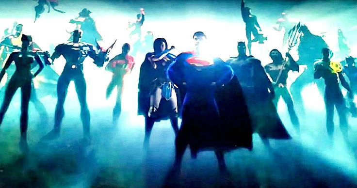 New DCEU Intro Hints at Green Lantern in Justice League -- Warner Bros. debuted their new DC movie intro in front of Wonder Woman and its packed with superheroes. -- http://movieweb.com/wonder-woman-dceu-intro-green-lantern-superheroes/