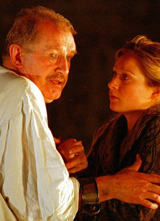 2004 - 'King Lear'  Corin Redgrave as the King with Sian Brooke as Cordelia.  RSC