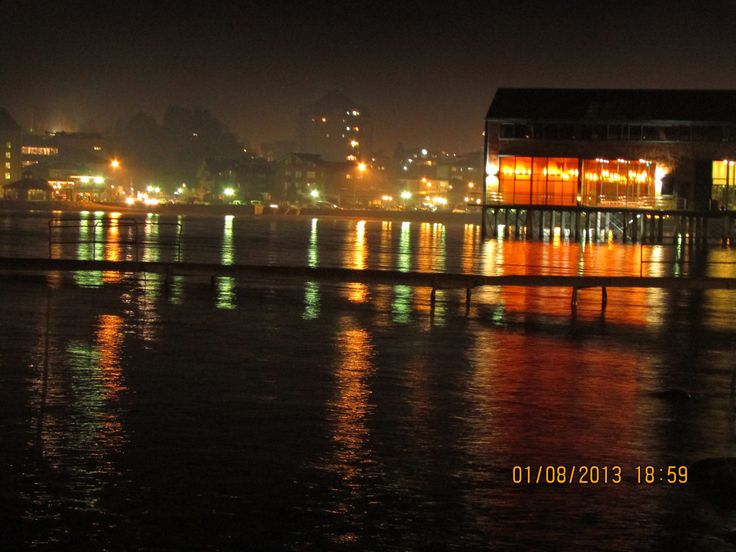 Puerto Varas at night ;D nice photo!