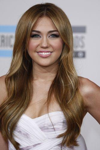 Top 10 Richest Teen Celebrities as of 2012