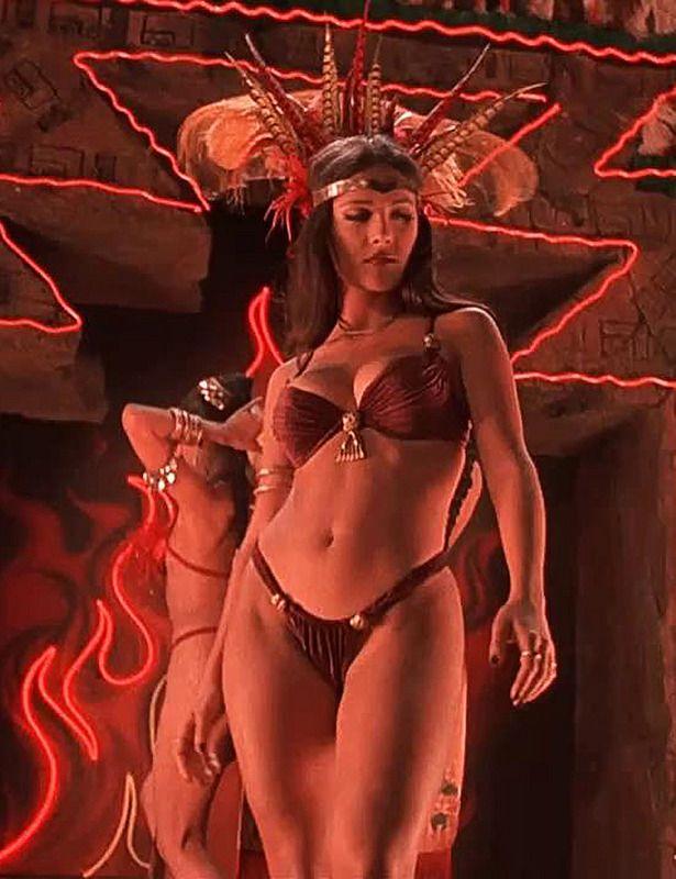 Голая Сальма Хайек порно видео