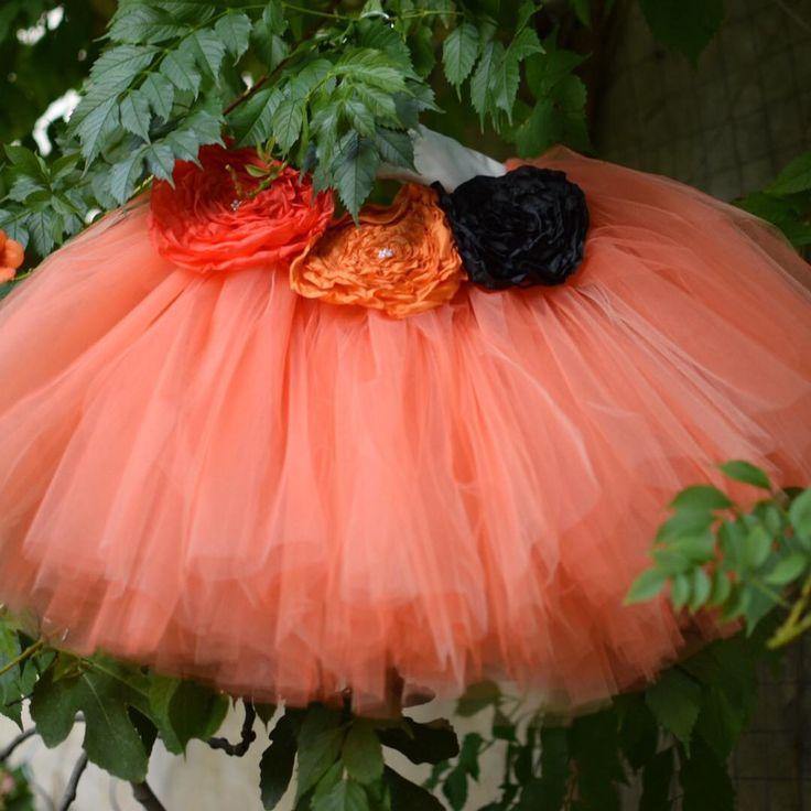 Prête pour Halloween avec ce ravissant tutu citrouille de @bepoppy ⠀ .⠀ .⠀ #Halloween #pumpkin #costume #citrouille #tutu #tutuskirt #surmesure #custom #handmade #faitmain  #orange #DifferenceMakesUs #TeamPetitParis #bepoppy #EtsyFr