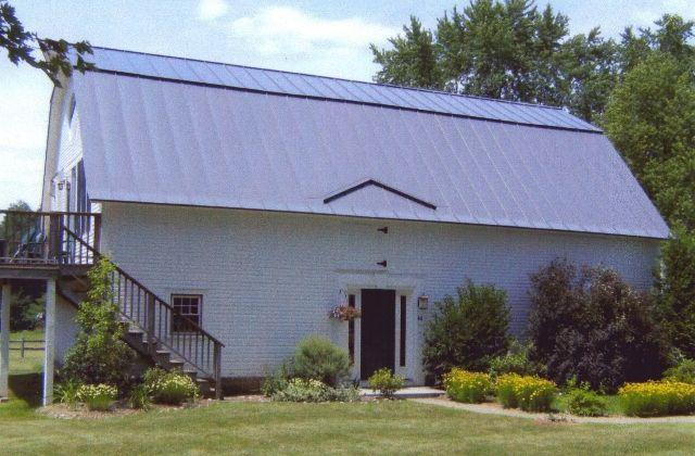 Hutchins Roofing Sheet Metal Co Job Photos Metal Roofs Metal Roof Standing Seam Metal Roof Rain Diverter