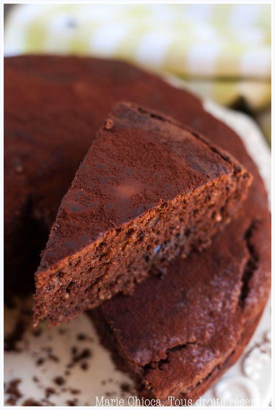Gâteau au chocolat « inavouable » de l'été (courgettes inside)