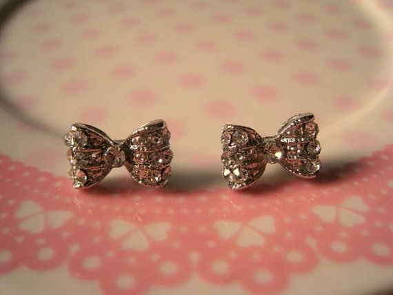 I want these!: Cute Bows, Bows Ties, Sparkly Bows, Earrings Studs, Bows Earrings, Jewelry, Bows Ears, Bow Earrings, Earrings Sparkly