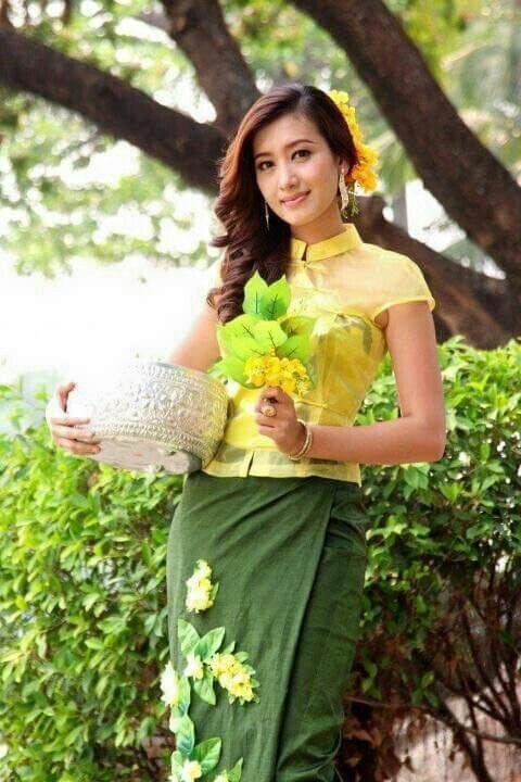 Myanmar Water Festival!!