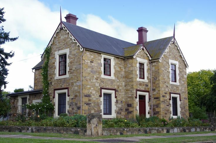 Just another grand old home in Goulburn, NSW