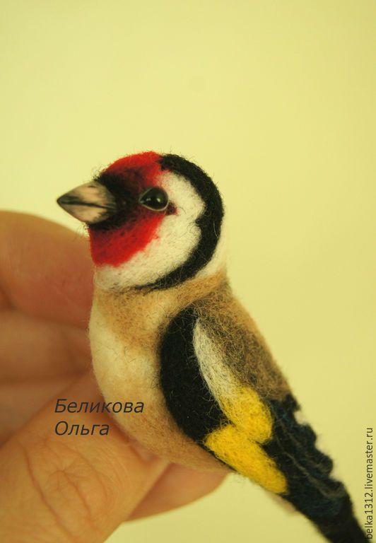 Купить Щегол.Брошь валяная - разноцветный, птица, войлочная брошь, брошь из шерсти, птичка