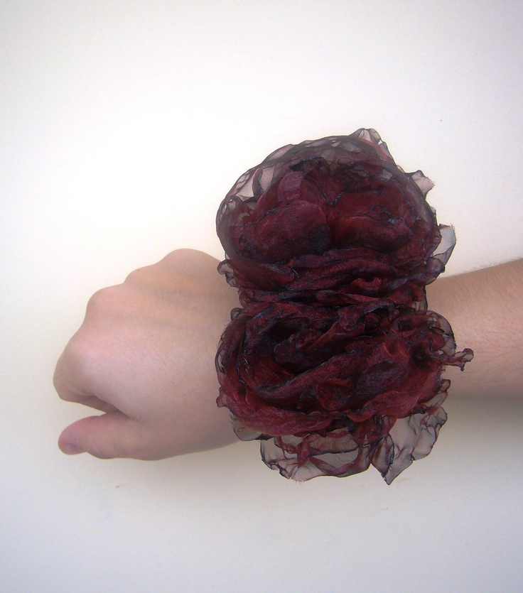 bracelet with handmade flowers