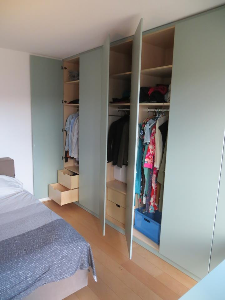 Kledingkast inventaris   meubelmakerij