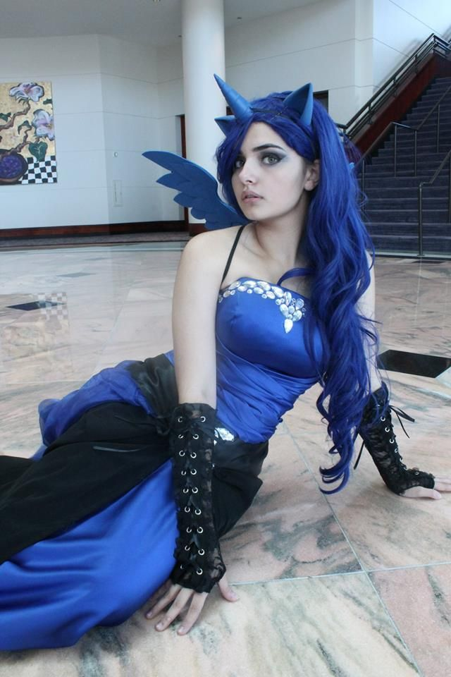 1000+ Ideas About Princess Luna Cosplay On Pinterest ...