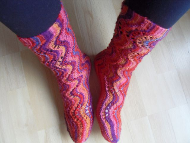 Ravelry: Sjøsprøyt sokker pattern by Marianne Steinnes