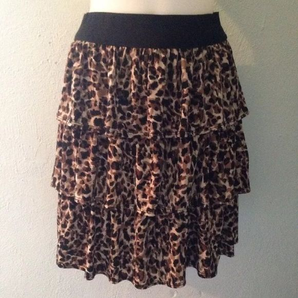 Coco Bianco Cheetah Skirt Size Medium Coco Bianco Cheetah Skirt Size Medium. Previously owned, looks great! Comes from a pet free and smoke free home. Always open to offers, feel free to make one! Will be rewashed before being mailed out. I ship the next business day! Coco Bianco Skirts