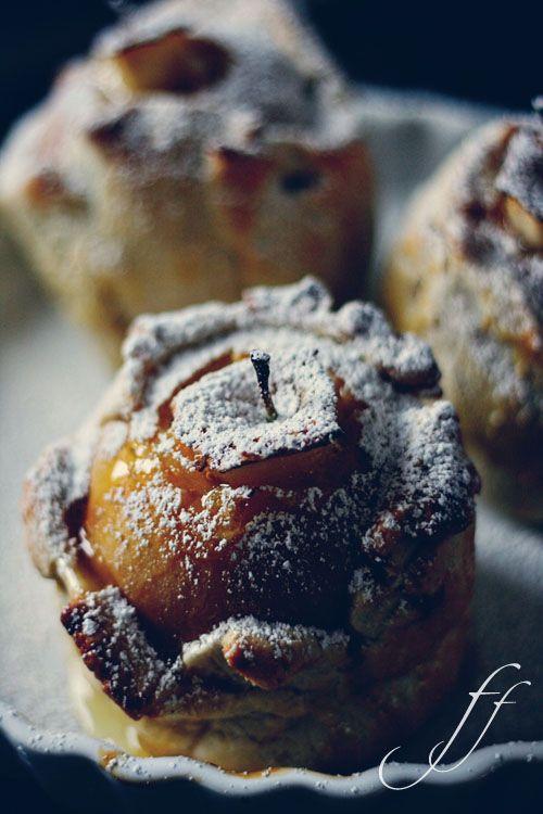 Mele in crosta al cardamomo / Apples in pastry with cardamom
