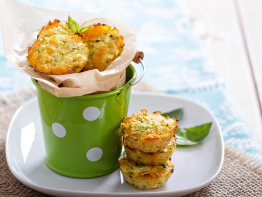 Muffins aux légumes d'été : Recette de Muffins aux légumes d'été - Marmiton