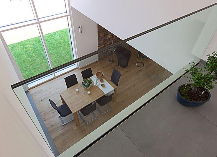ber ideen zu luftraum auf pinterest betonboden betonb den und betonwand. Black Bedroom Furniture Sets. Home Design Ideas