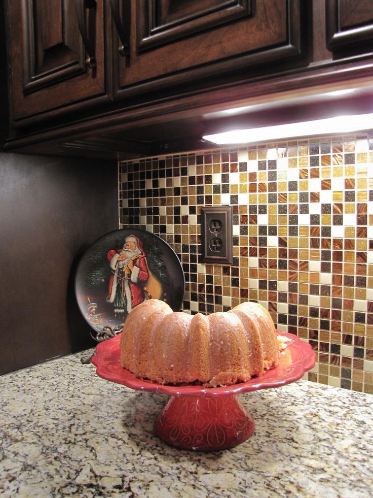 Cherry-Lemon Sundrop poundcake on my new cakeplate! -Megan