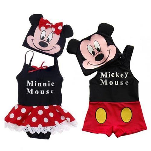 Thai girl micky mouse shirt blowjob