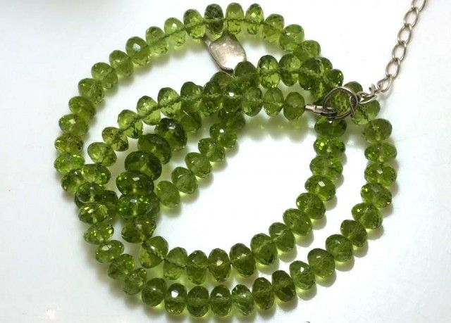 134.05 CTS PERIDOT FACETED BEAD NECKLACE ANGC-147  NATURAL FACETED PERIDOT  GEMSTONE NECKLACE FROM GEMROCKAUCTIONS.COM