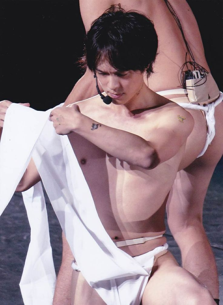 "KANJANI EIGHT LIVE TOUR 2013 JUKE BOX He wears Japanese traditional underwear ""Hundoshi"" Ryuhei Maruyama"