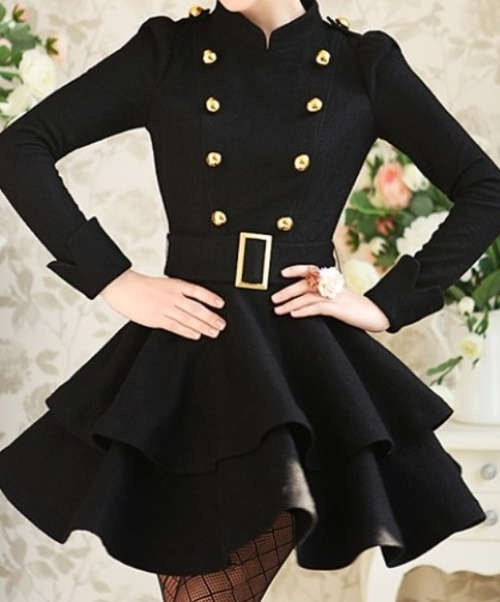 loving this coat, so chic!