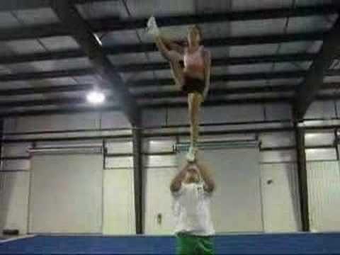 Awesome Cheerleading Stunts 3