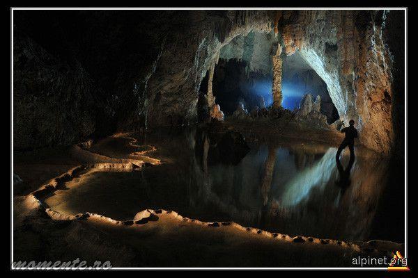 Magura Cave, Romania