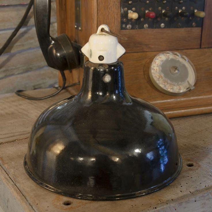 #Lampe #industriel www.brocantedelabruyere.com