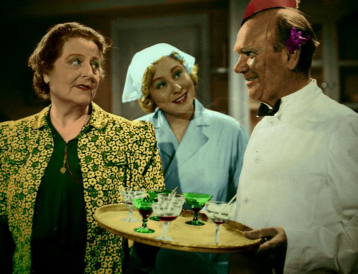 Olga Andersson, Marianne Lofgren and Nils Lundell in the 1942 movie The Case of Ingegerd Bremssen.