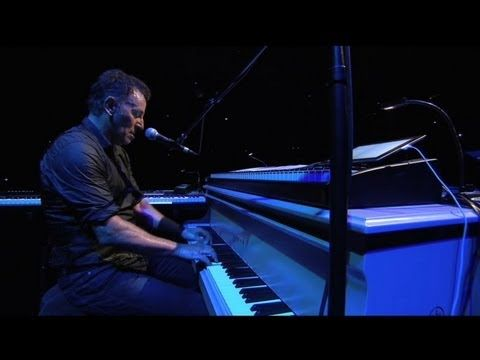 Independence Day (Live - Paris, 07/04/12) - YouTube