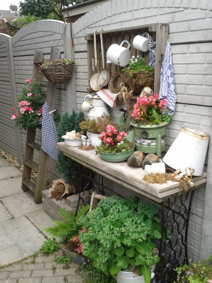 1000 images about patio porch vignettes on pinterest gardens patio and shabby chic - Tuindecoratie buiten ...