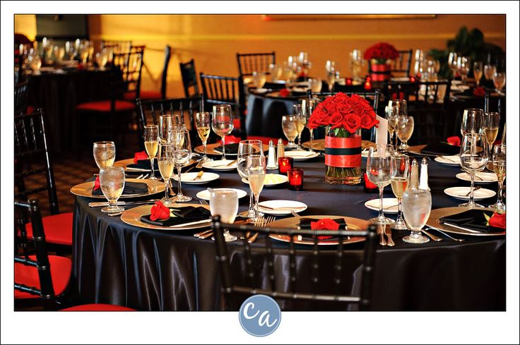 Black and red wedding reception decorations with red roses at each black and red wedding reception decorations with red roses at each place setting the club at key center in cleveland oh junglespirit Image collections