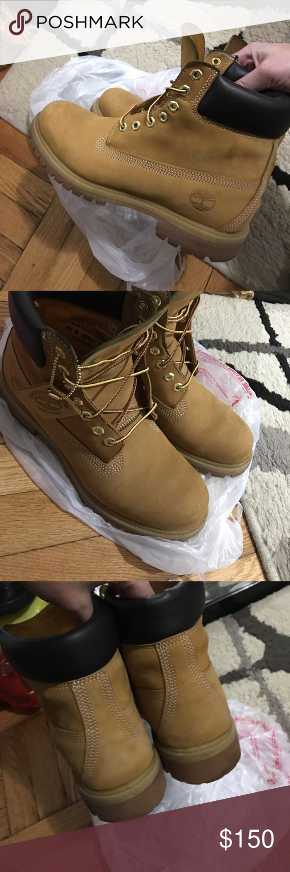 """⏳MENS timberland winter boots Immaculate condition absolutely no scuffs no flaws. """"Primaloft"""" 400 gram.. All leather.. 8.5/9 it is tagged 8.5 but will add in size availability because it fit like a 9.. MSRP:$190+tax Timberland Shoes Boots"""