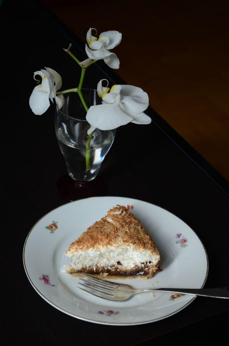 Coconut, chocolate, apricot cake / Hindistancevizli, çikolatalı, kayısılı pasta by Art Cafe Istanbul
