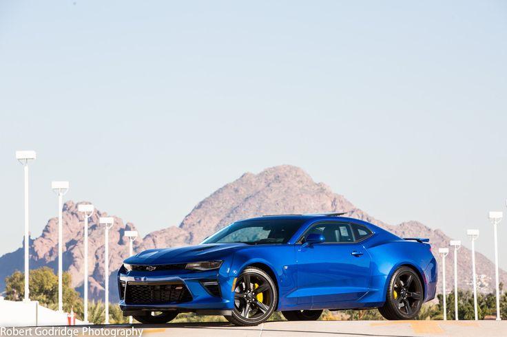 Painted Brake Calipers With Yellow G2 On My Hyper Blue Camaro More Hi Res Shots Blue Camaro Camaro Camaro Car