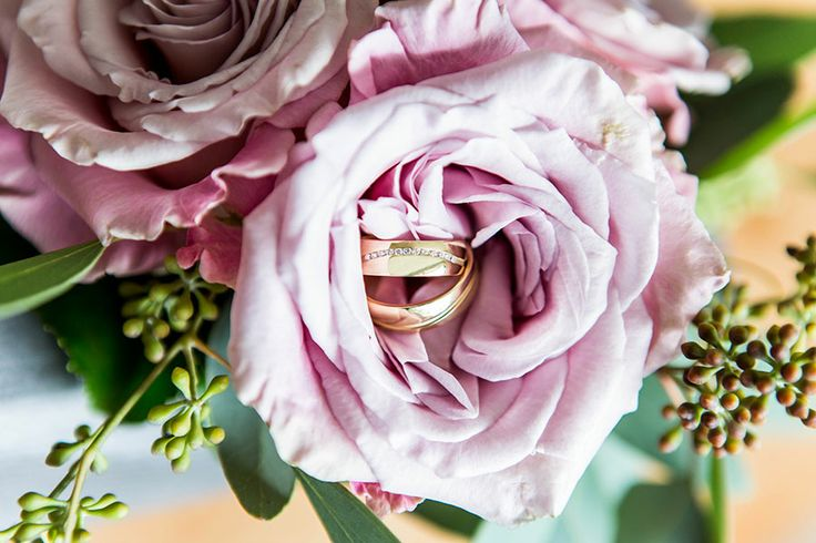 Trouwringen goud, Bruiloft Haarlem, Bruidsfotografie, Bruidsfotograaf | Dario Endara