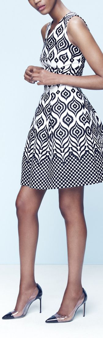 Women's fashion   Patterned dress