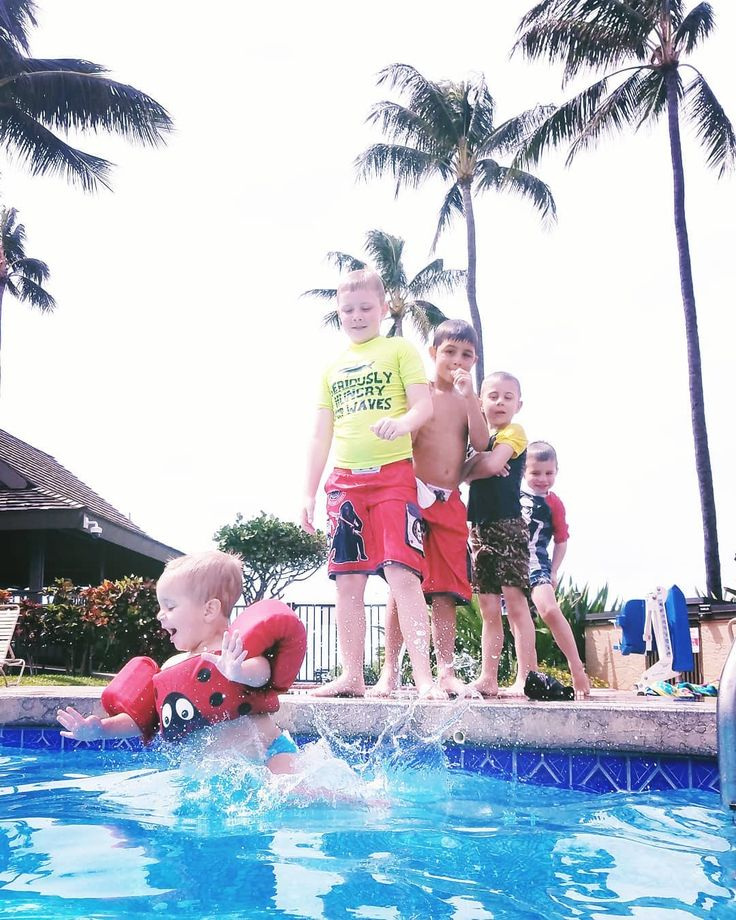 How To Keep 5 Boys All Age Ranges Occupied In A Pool Jumping