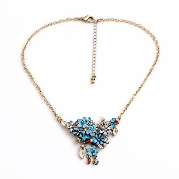 Exotic Flower Cluster Short Pendant Necklace-1