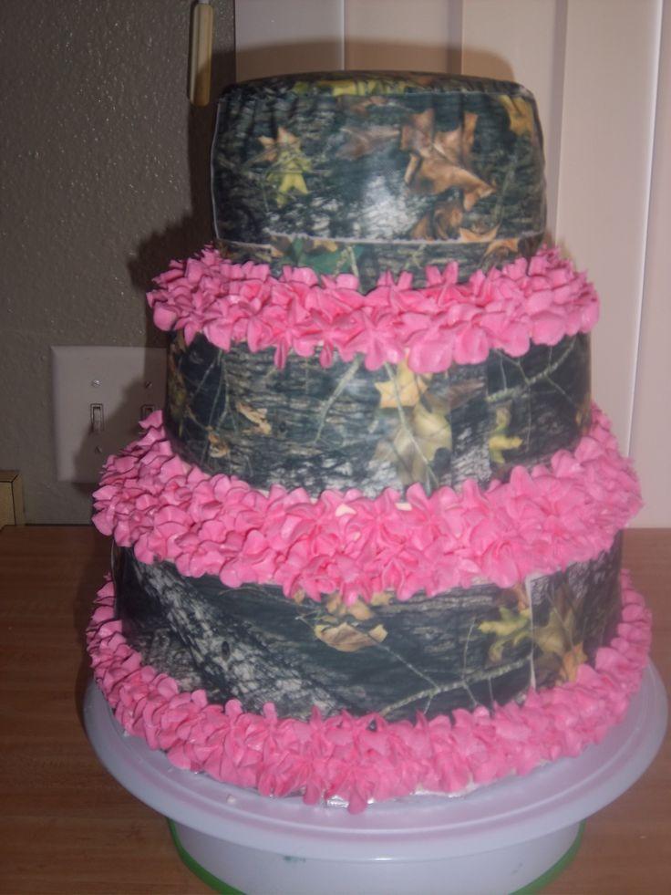 Mossy Oak and Pink. Birthday cake.