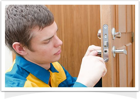 Kendall Locksmith With Over 15 Years Of Professional Service, Here Is Why You Should Choose Best Price Locksmith Kendall FL Broken Lock? Locked out? Contact our call centre 24/7 and a customer service representative will help you.