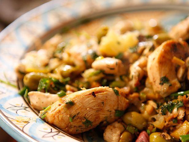 O Frango Marroquino pode até ter esse nome, mas o termo para descrever esse prato é bem brasileiro: saboroso demais! Chef: Jenny Morris
