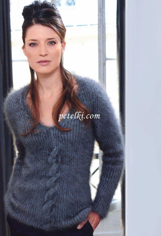 Теплый пуловер-реглан из ангоры