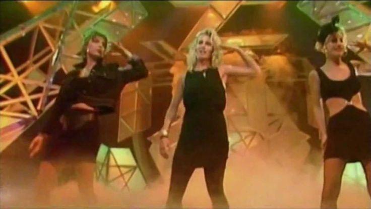 Bananarama - Venus (Live on TOTP August 1986) Concept of Leslie's 75672