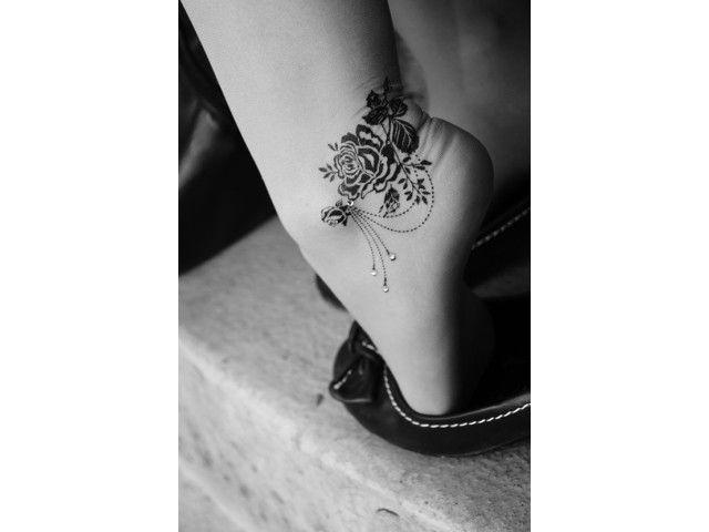 1000 Id Es Propos De Tatouages De Rose Sur Le Pieds Sur Pinterest Tatouages Sur Les Pieds