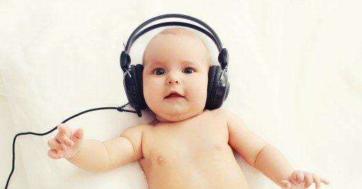 Wenn sich ein Lachexperte und eine Musikpsychologin zusammen tun, kommt DAS dabei heraus.