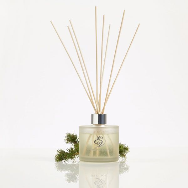 Reed Diffuser 150ml £30.00Reed diffusers are the most stylish, simple and safe way to fragrance any home. The diffuser reeds soak up the fragrance oil and disperse scent into the air naturally. Eve Victoria's simple round glass bottle with silver necks are an understated addition to any room.There is no better way to relax than surrounded by the exotic. Beautifully gift boxed