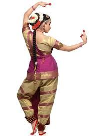 Saree worn specifically for the Tamil dance form, Bharatanatyam - back view