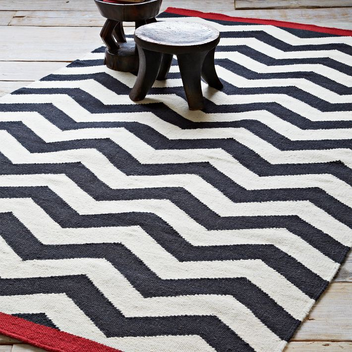 Zig Zag Rug Colored Ends
